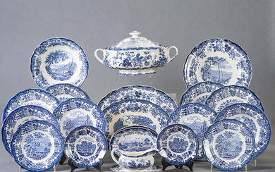 "12-serving porcelain dinnerware in blue with Royal Worcester brands. Field with landscapes with characters and floral decoration in the wing. On the back, print: ""A member of The Royal Worcester Group. 1790 Avon Scenes Palissy Staffordshire England Han"