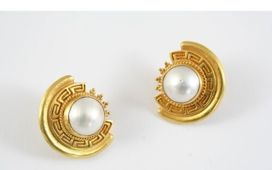 A PAIR OF GOLD AND MABE PEARL CLIP EARRINGS each 18ct gold k...