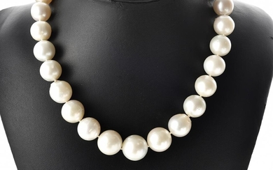 A STRAND OF GRADUATED SOUTH SEA PEARLS MEASURING 12.0MM TO 17.5MM TO A BALL CLASP IN 9CT GOLD, TOTAL LENGTH 460MM