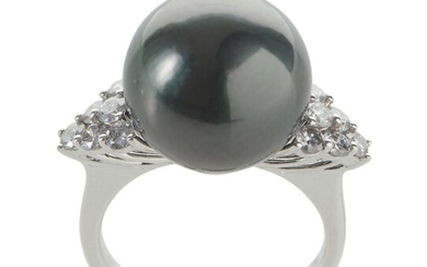 A TAHITIAN PEARL AND DIAMOND RING