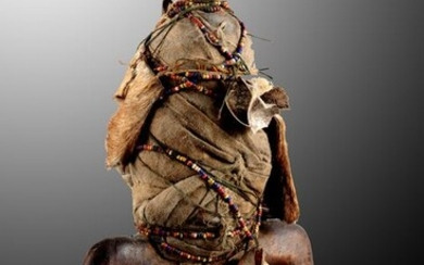 Fruchtbarkeitspuppe - Wood, fur, pearls, snail shell, fabric etc. - Namchi - North Cameroon