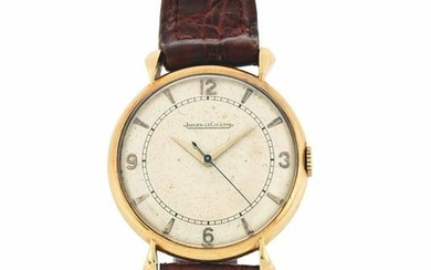 JAEGER LECOULTRE - Yellow gold wrist watch.
