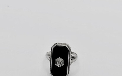 Onyx and diamond ring Art deco