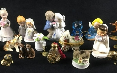 17 Piece Ceramic and Metal Figurine Lot