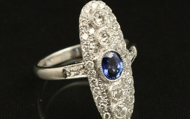 18k Diamond and blue sapphire ring