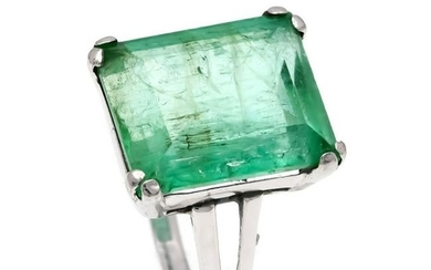 Emerald ring WG 585/000 w