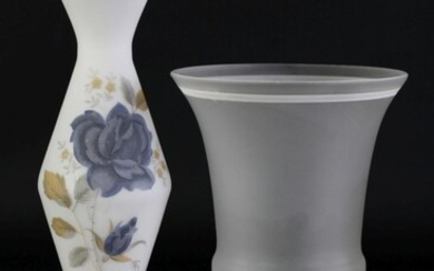 Frosted glass bud vase with floral decoration (H25.5cm) together with a frost glass goblet vase (H19.5cm)