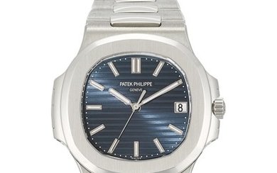 PATEK PHILIPPE   NAUTILUS, REFERENCE 5711, A BRAND NEW PLATINUM WRISTWATCH WITH DATE, BLUE JEANS DIAL AND BRACELET, CIRCA 2014