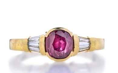 Ring in yellow gold, diamonds and ruby