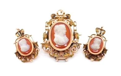 Victorian Sardonyx set gold earring and pendant set, with Ro...