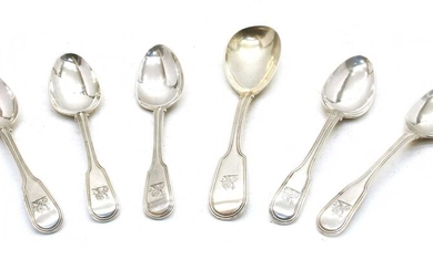 A set of five George III fiddle pattern and thread teaspoons