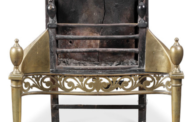 AN ENGLISH BRASS AND BLACKED-IRON SERPENTINE FIREGRATE, 19TH CENTURY