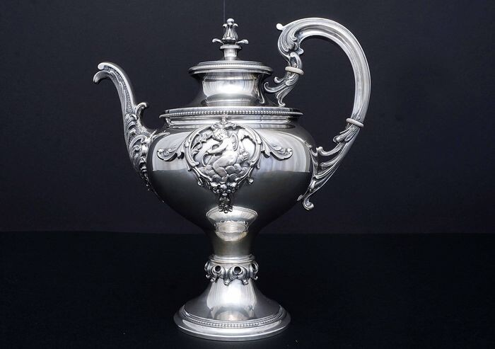 Coffee pot, Large (1) - .800 silver - Italy - Mid 20th century