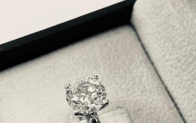 HRD CERTIFIED - 18 kt. White gold - Ring - 2.04 ct Diamond