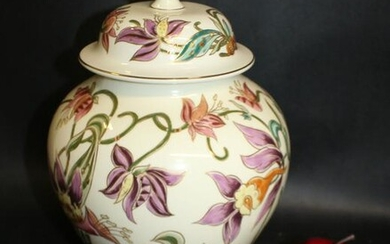 Hungarian Zsolnay painted porcelain ginger jar