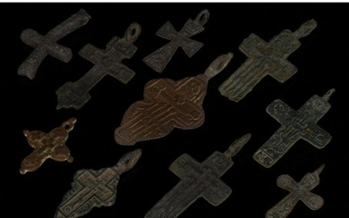 LOT OF MEDIEVAL / POST MEDIEVAL BRONZE CROSSES