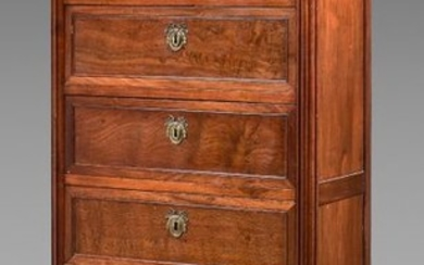 Moulded mahogany chest of drawers with six drawers....