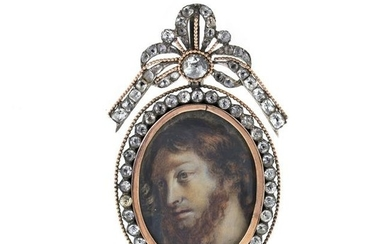 Portait Silver and gold pendant with rock crystal