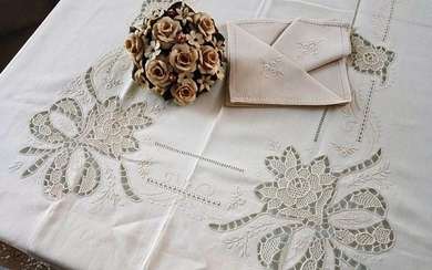 Rich Tablecloth x 12 (including 12 napkins) in pure 100% linen with Burano embroidery by - Linen - AFTER 2000
