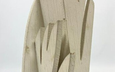 Small LOUISE NEVELSON Wood sculpture. Painted white. si