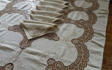 Tablecloth with hand made Cantù lace - 260 x 170 cm (13) - Linen - Mid 20th century