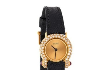 Van Cleef & Arpels, ref. P 2103 R19, a lady's gold coloured and diamond wrist watch