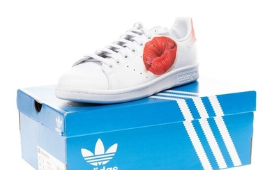 adidas - Stan Smith all white Kiss customized by PatBo sneakers