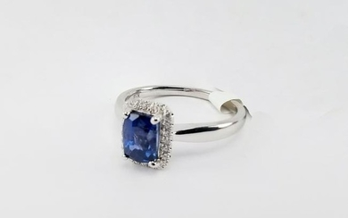 1.26ct Sapphire & Diamond 18K White Gold Ring
