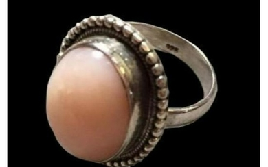 18ct Peruvian Pink Opal Sterling Silver Ring