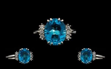 18ct White Gold - Superb Quality and Attractive Blue Topaz a...