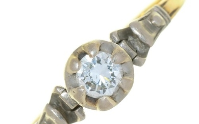 A DIAMOND SOLITAIRE RING IN GOLD, MARKED 18CT & PLAT, 2....