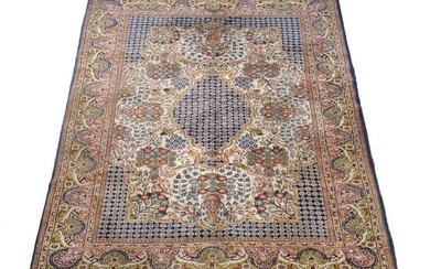 **LOT WITHDRAWN**A Sarouk carpet