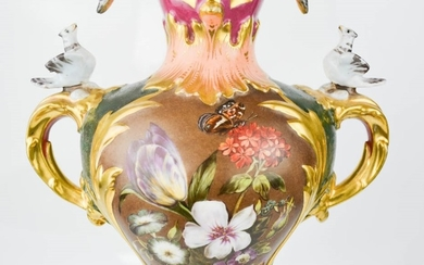 A fine 19th century German porcelain vase, the body painted ...