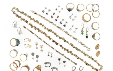 A mixed group of jewellery, including fourteen gold...