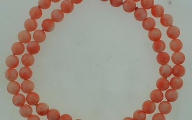 C.1970 ANGEL SKIN CORAL BEAD NECKLACE STRAND