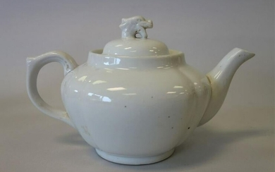 Chinese Dehua Porcelain Teapot, Anhua Decorated