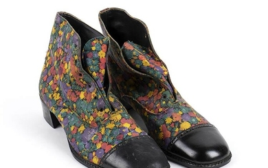 MAN LEATHER SHOES 70s Man leather shoes floral pattern Grado...