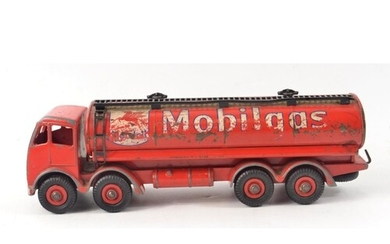RARE! UNBOXED DINKY SUPERTOYS MODEL No.941 FODEN MOBILGAS RE...