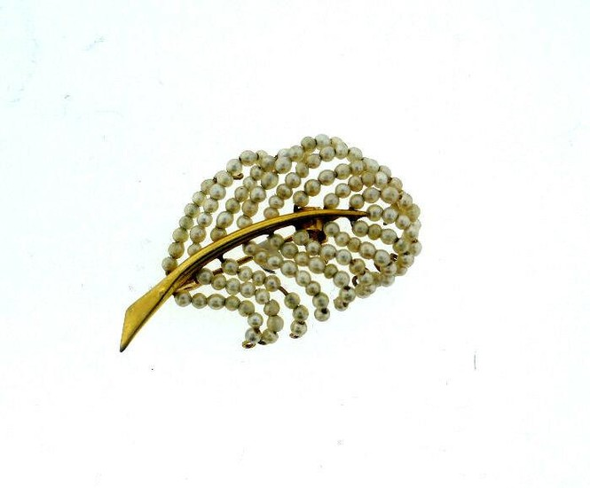 RETRO VINTAGE C.1940 14K YELLOW GOLD SEED PEARL LEAF