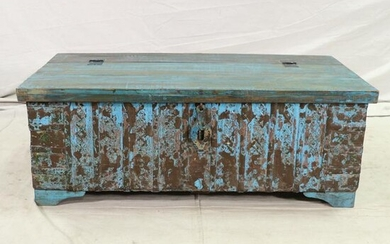 Reclaimed Wood Painted Lift Top Trunk / Coffee Table