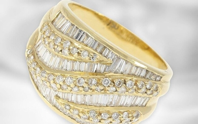 Ring: yellow gold vintage ring with diamonds, total ca. 2ct, 18K gold