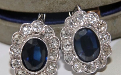 14 kt. White gold -A pair of antique Edwardian era/ Early Art Deco - 4.50 ct Sapphire - and Old European cut large diamonds G/VS1