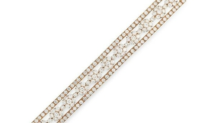 A DIAMOND BRACELET, VAN CLEEF & ARPELS in 18ct yellow