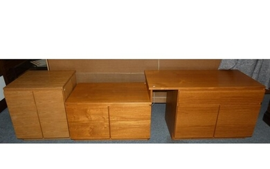 A Tapley 33 combination unit, a single drawer over cupboard ...