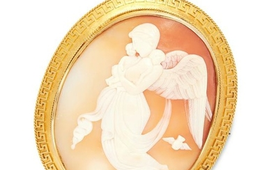 AN ANTIQUE CAMEO BROOCH, 19TH CENTURY in yellow gold