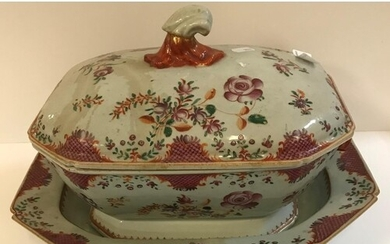 An 18th Century Chinese Qianlong famille-rose tureen and cov...