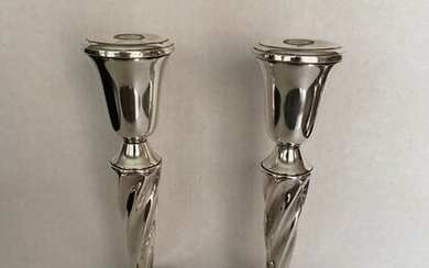Candlestick, American Garden silversmith sterling silver barley twist stem weighted candle holders (2) - .925 silver - Garden silversmith - U.S. - 1930-1950