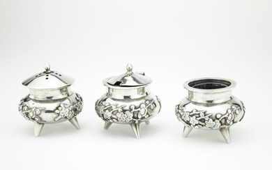 Condiment set - .900 silver - Wing On Company - China - Early 20th century