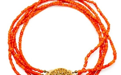 Five-pronged blood coral necklace, on 14 krt. gold...