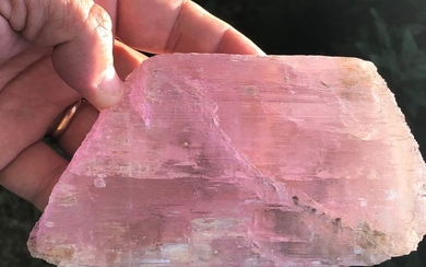 Kunzite (variety of spodumene) large two-terminated crystal with Gemma portions - 15×8×4 cm - 820 g